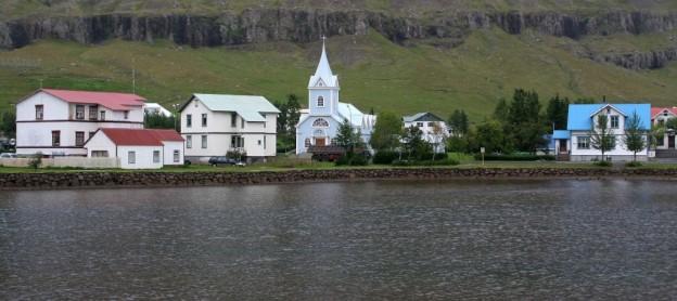 Seyðisfjörður,_Iceland
