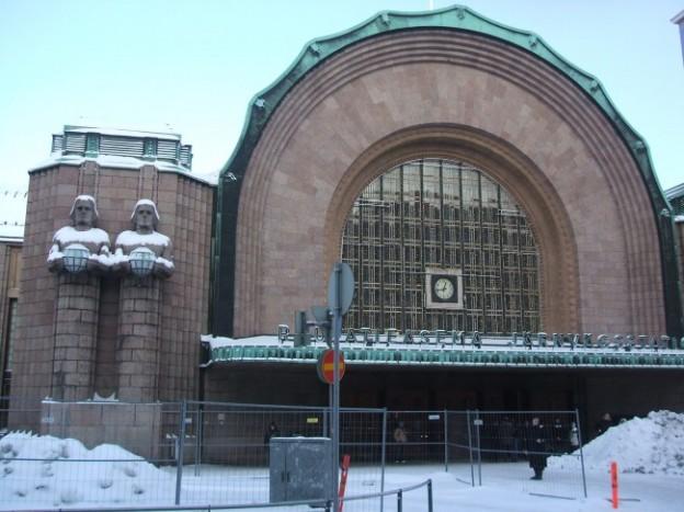 サーネリンの代表作「ヘルシンキ中央駅」
