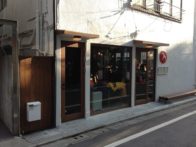 Fuglen Tokyo(フグレン・トウキョウ)の入り口